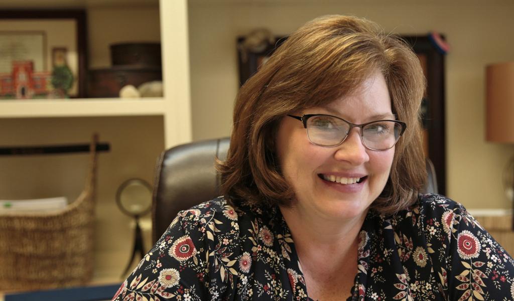 Dr Kim Ballard